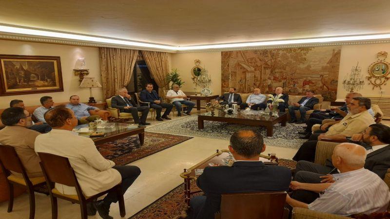 كرامي عقب اجتماع لقيادات طرابلس: نعلن حالة الطوارئ الاقتصادية والاجتماعية في المدينة