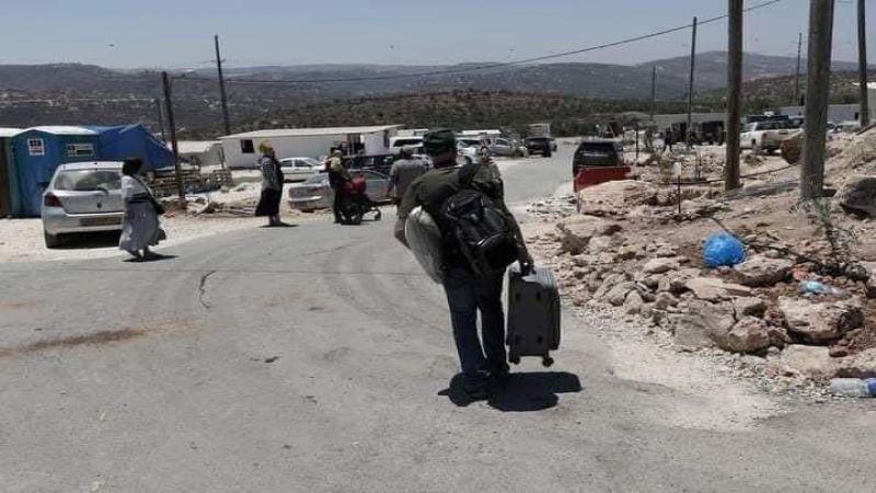 بعد إصرار الفلسطينيين.. المستوطنون يندحرون من جبل صبيح