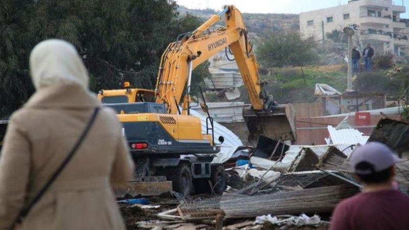 الاحتلال يهدم خمس منشآت في قرية حارس غرب سلفيت بالضفة الغربية