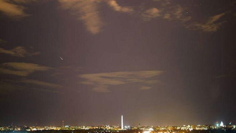"""بدءًا من الليلة .. ظاهرة فلكية توصف بـ""""الأفضل لهذا العام"""" تُزيّن السّماء حتى منتصف آب"""