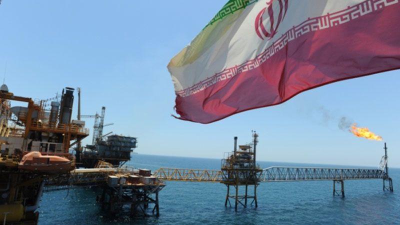 إيران تُطلق مشروع نقل نفطها الخام عبر بحر عمان