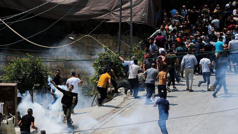 الاحتلال يهاجم موكب الشهيد عوض.. ومئات الاصابات في مواجهات الضفة الغربية