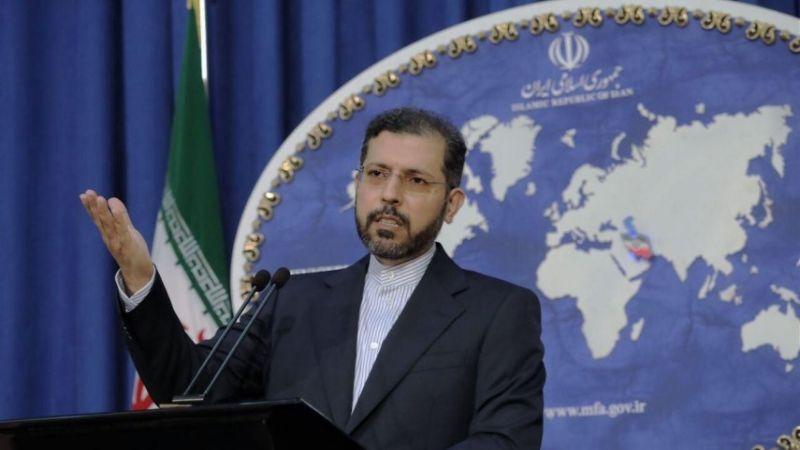 """طهران: اتهامات """"تل أبيب"""" وواشنطن بضرب السفينة الإسرائيلية واهية"""