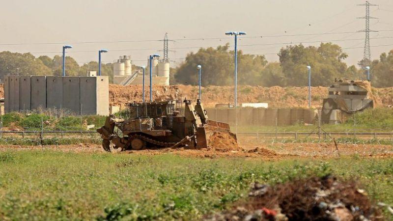 العدو يتوغل في خانيونس ويستهدف الصيادين والمزارعين شرق غزة