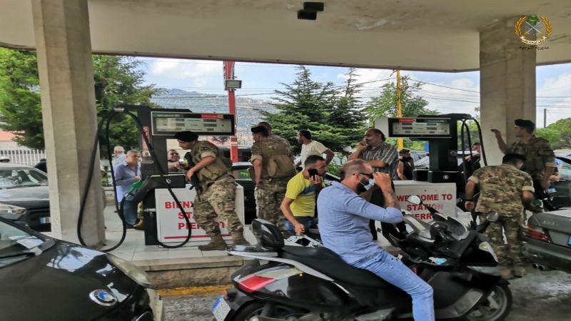 القوى العسكرية والأمنية تتدخّل لحلحلة أزمة المحروقات في المحطات