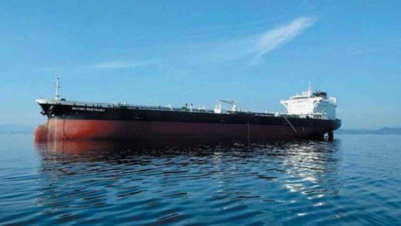 العدوان السعودي يحرم اليمن من السفن النفطية القادمة إليه