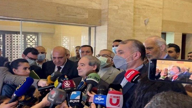 المقداد يلتقي عبد اللهيان: صمدنا سوياً.. ونعمل على خارطة طريق لتطوير العلاقات