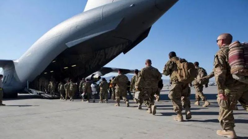 دبلوماسي أمريكي: فليُمدّد بايدن جدول انسحابه من أفغانستان