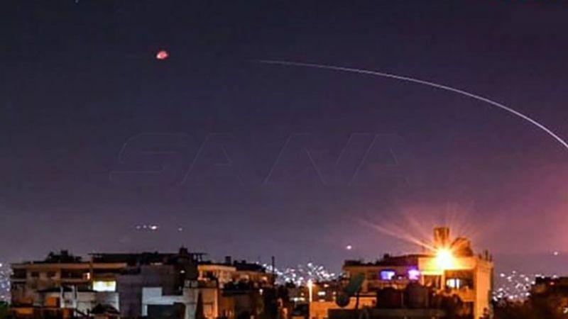 """سوريا: الدفاعات الجوية تتصدى لعدوان """"إسرائيلي"""" فوق دمشق"""