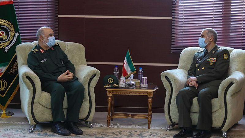 قائد الحرس الثوري الإيراني يلتقي وزير الدفاع: مواجهة الأعداء بحاجة لليقظة والبصيرة