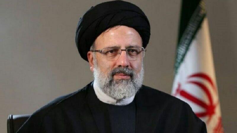 """رئيسي لماكرون: """"الناتو"""" وواشنطن فشلا في أفغانستان وإيران مستعدة لتوفير الأمن"""