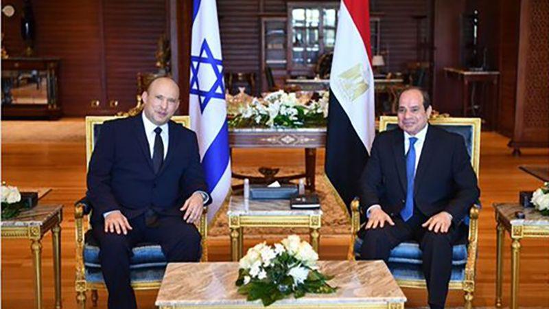 رئيس وزراء العدو يجتمع مع السيسي في مصر