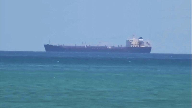 وصول أول شحنة من الفيول المستبدل بالنفط العراقي إلى لبنان