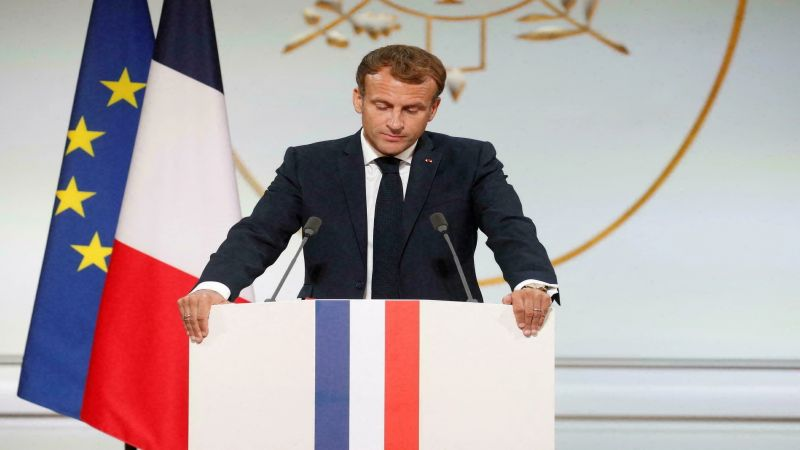 ماكرون للجزائريين: اصفحوا عن فرنسا