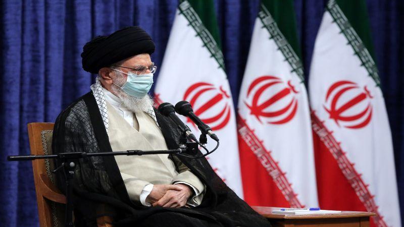 الإمام الخامنئي يُبارك فوز المنتخب الإيراني لكرة الطائرة ببطولة آسيا