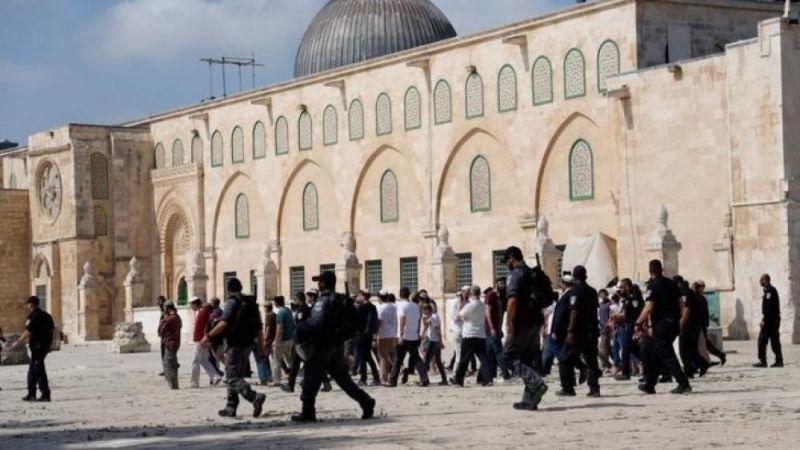"""الاحتلال يلغي قرارًا بإتاحة """"الصلوات الصامتة"""" للمستوطنين في المسجد الأقصى"""