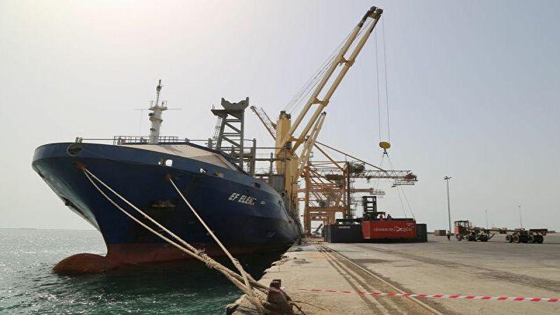 القرصنة السعودية تمنع سفن المشتقات النفطية من دخول اليمن
