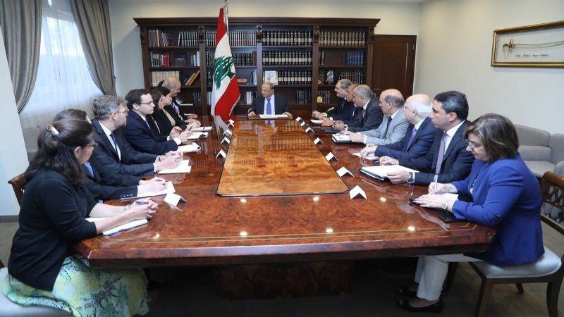 الرئيس عون لمجموعة العمل الأميركية: لبنان يواصل تنظيم رحلات عودة للنازحين السوريين