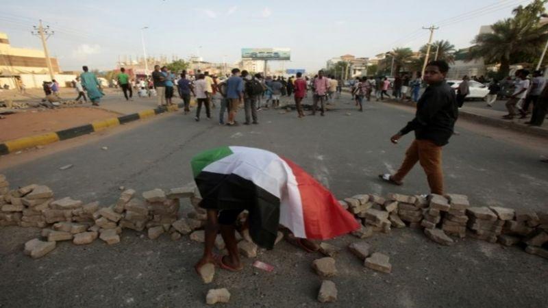 السودان: قوات الأمن تقتل 8 طلاب شمال كردفان وحظر للتجوال