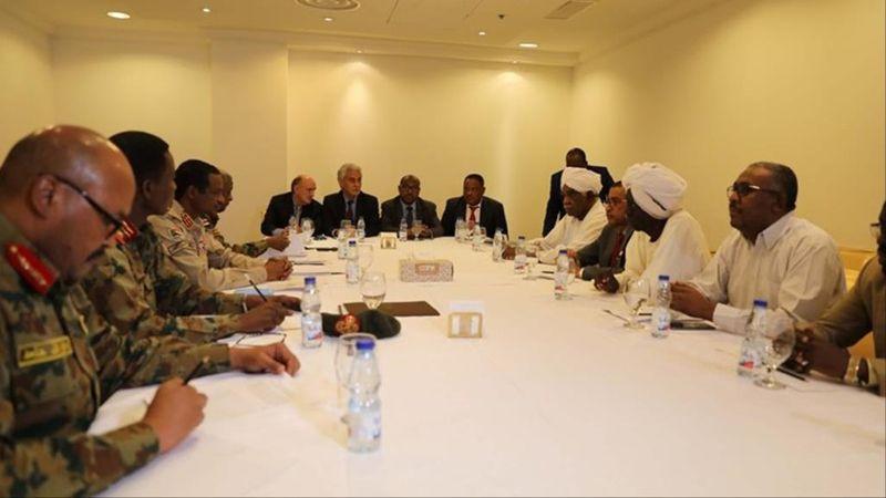 أطراف الأزمة السودانية يتسلمون مسودة اتفاق الخرطوم اليوم