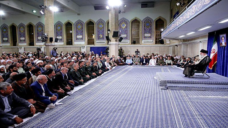 الإمام الخامنئي: خيارنا المقاومة .. والشعب الإيراني سينتصر