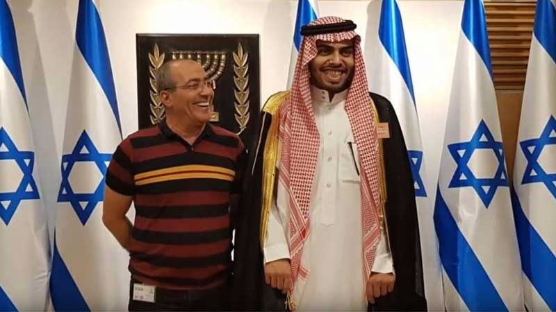 حكومة العدو تحذر الرياض من المساس بالمطبع السعودي محمد سعود