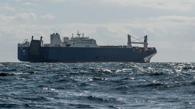 الاعتراضات تنجح في منع تزويد سفينة سعودية بأسلحة فرنسية
