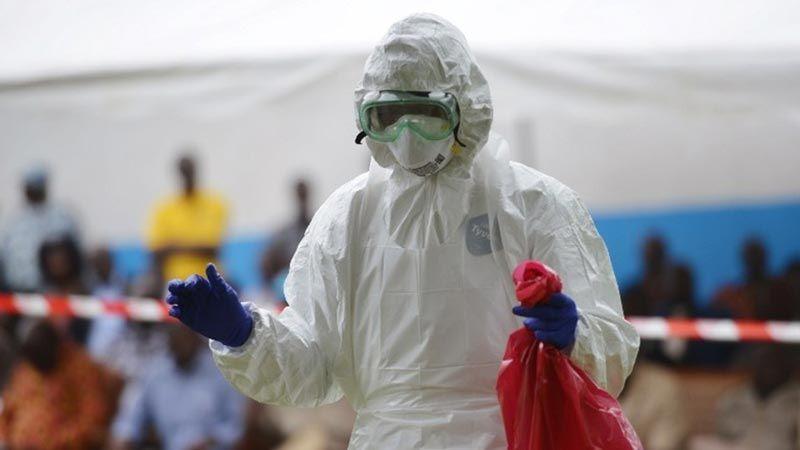 """منظمة الصحة العالمية تعلن التوصّل الى علاج لوباء """"إيبولا"""""""