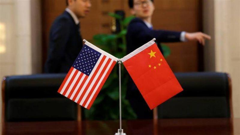 """""""الحرب التجارية"""" بين أميركا والصين.. هل نشهد ركوداً عالمياً آخر؟"""