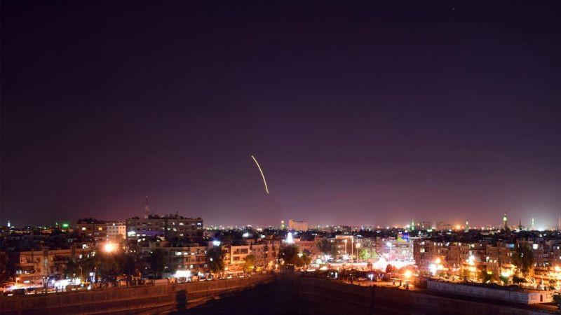 العدو يهاجم مواقع للجيش السوري في الجولان المحتلّ