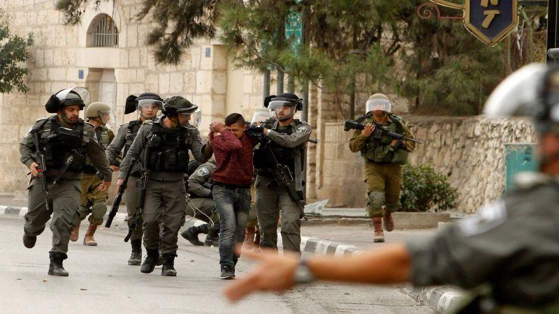 اعتقالات بالجملة للفلسطينيين في الضفة الغربية والقدس المحتلّتين