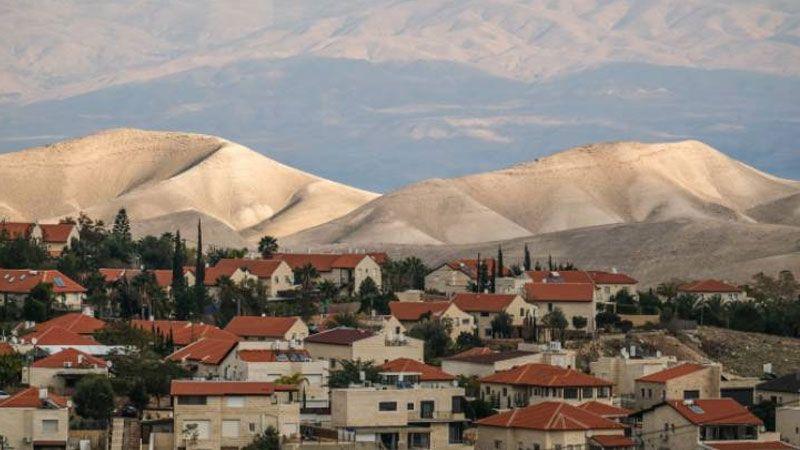 مسؤولون صهاينة يحذّرون من خطورة ضمّ الضفة الغربية