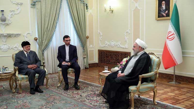 روحاني مستقبلا بن علوي: تواجد القوات الاجنبية في المنطقة عامل أساسي للتوتر