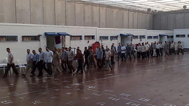 """قوات القمع الصهيونية تقتحم قسم الأسرى في سجن """"عسقلان"""""""