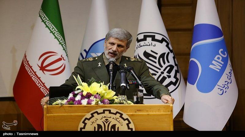 وزير الدفاع الإيراني: واشنطن ليست أهلا لأي منطق