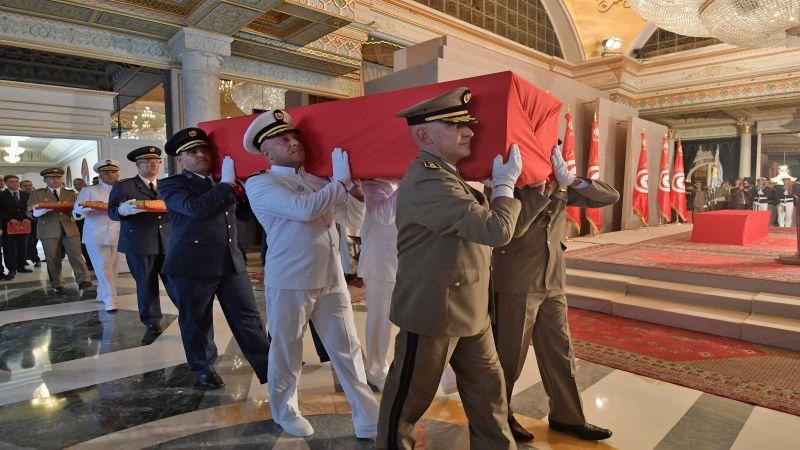 تونس تودع السبسي في جنازة رسمية