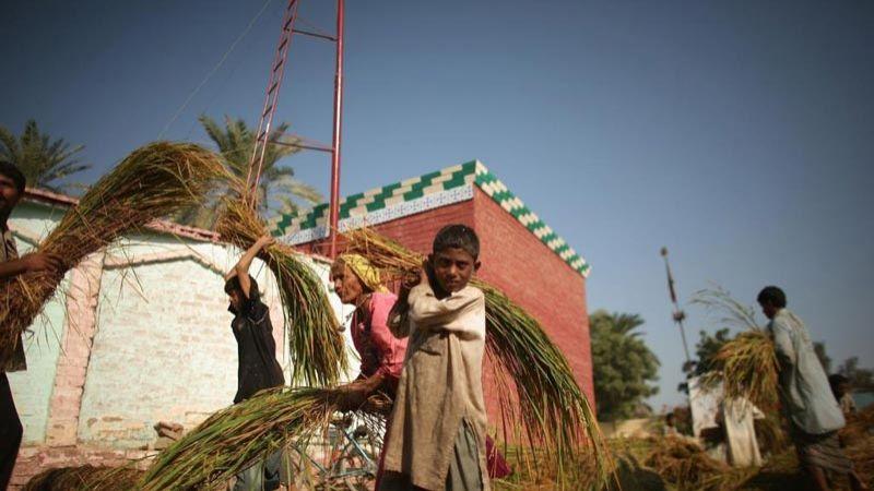 """باكستان: مئات الأطفال أصيبوا بـ""""الإيدز"""" نتيجة الإهمال الطبي"""