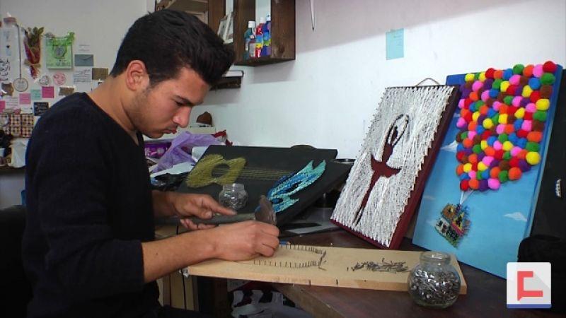 خيطان ومسامير مبدعة من غزة