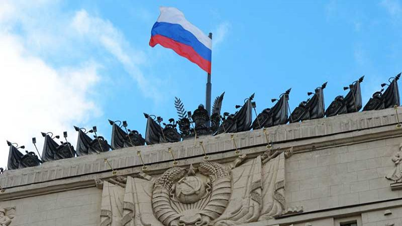 """الدفاع الروسية: المجموعات المسلحة تحشد قواتها وتتوحد تحت قيادة """"النصرة"""" جنوب إدلب وقد تهاجم حماه"""