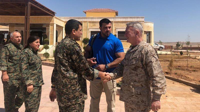 وفد عسكري أمريكي رفيع في كوباني
