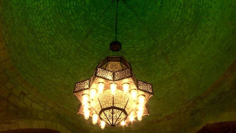 """كاميرا """"العهد"""" داخل مسجد بنت جبيل الاثري"""