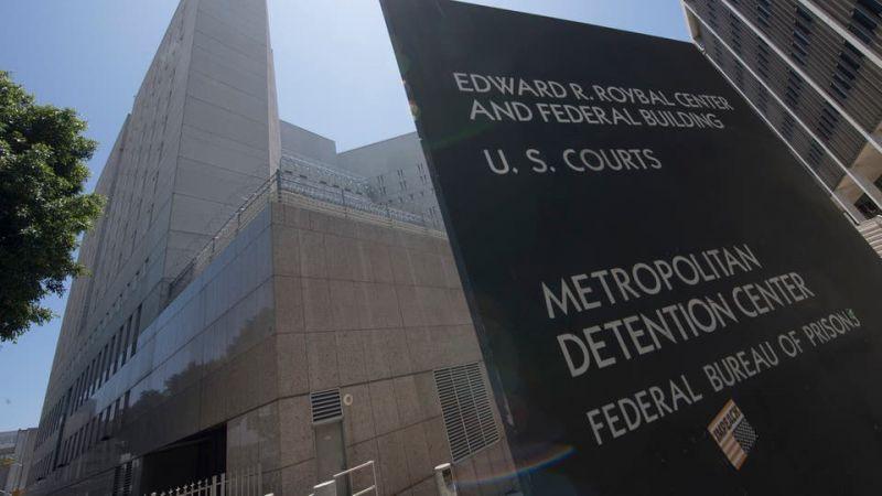 الولايات المتحدة تعتقل أُسر المهاجرين غير الشرعيين