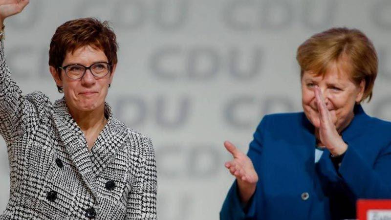 ألمانيا: كارينباور تتولى وزارة الدفاع تمهيدًا لخلافة ميركل
