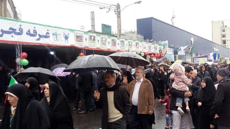 الأربعون ربيعا : مسيرات مليونية في مختلف أرجاء إيران