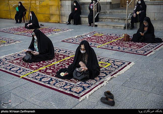 بالصور.. المقامات المقدسة في إيران تفتح أبوابها من جديد