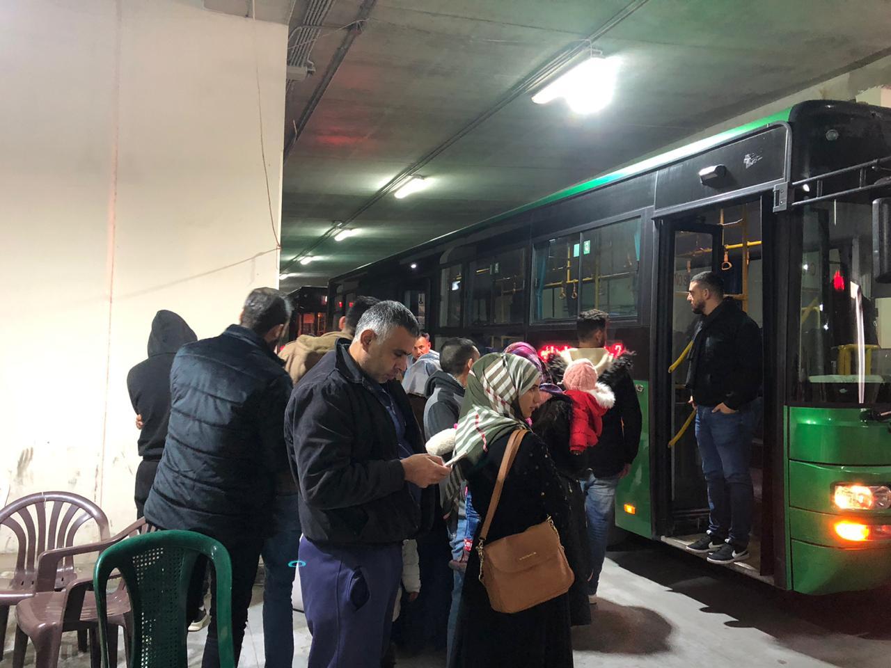 عودة 1335 نازحا سوريا من لبنان إلى وطنهم