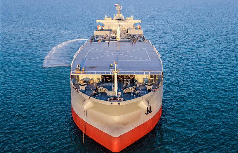 ما هي مفاجأة المناورات البحرية الإيرانية؟