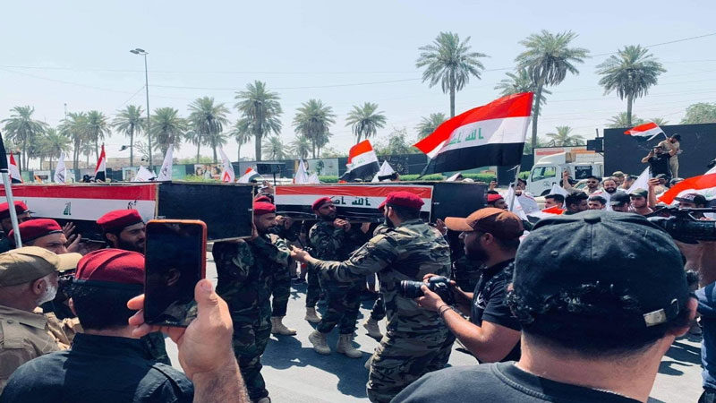العراق: تشييع شهداء الاعتداء الأميركي الغادر إلى مثواهم الأخير